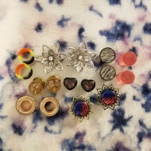 8 pairs of plugs 1/2 inch